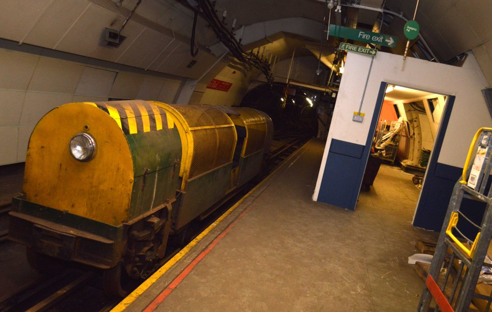 Mail Rail 12